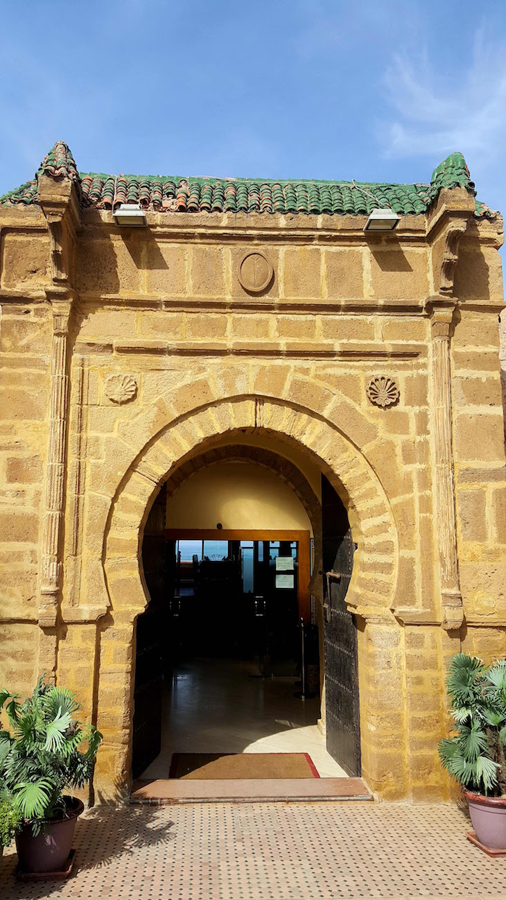 Entrada do Restaurante Borj Eddar, Rabat, Marrocos © Viaje Comigo