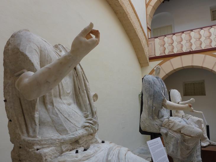 Estátuas no Museu - Baena - Andaluzia © Viaje Comigo