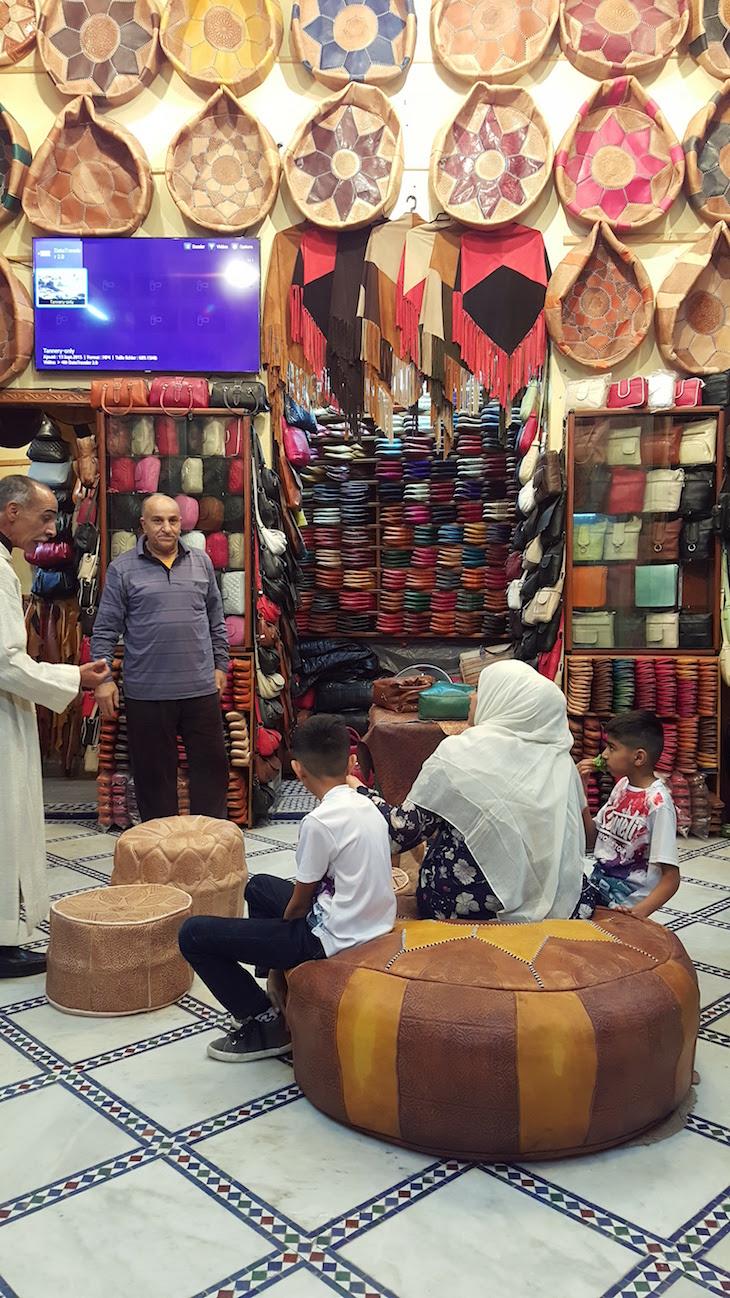 Loja junto das Tinturarias de Fez - Marrocos © Viaje Comigo