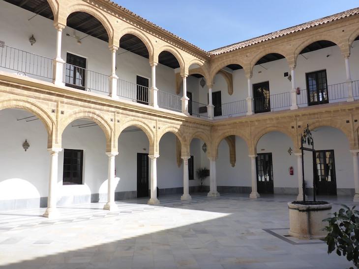Pátio da Universidade de Osuna - Andaluzia © Viaje Comigo
