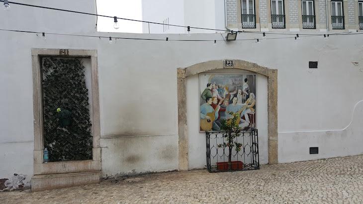 Em Alfama - Lisboa © Viaje Comigo