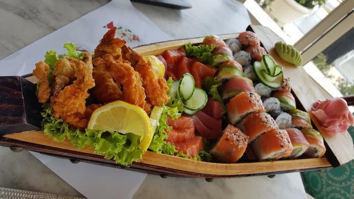 Sushi no Aquarius Bar - Polana Serena Hotel - Maputo © Viaje Comigo
