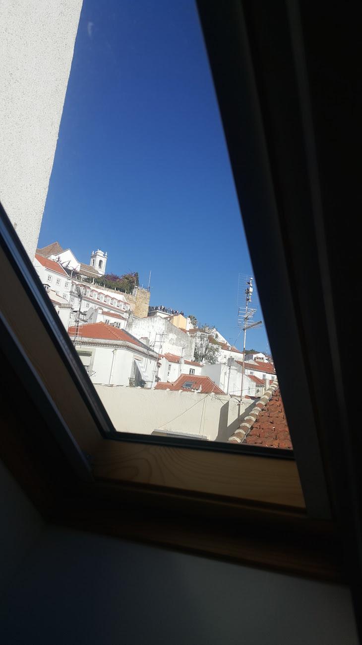 Janela do WC Lata de Sardinha - Alfama - Lisboa © Viaje Comigo
