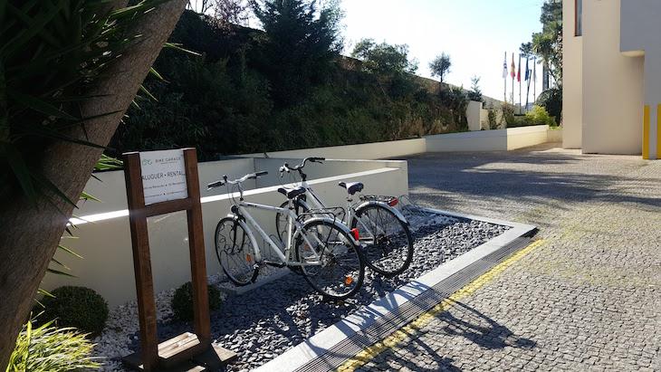 Bicicletas no Santana Hotel & Spa, Vila do Conde © Viaje Comigo