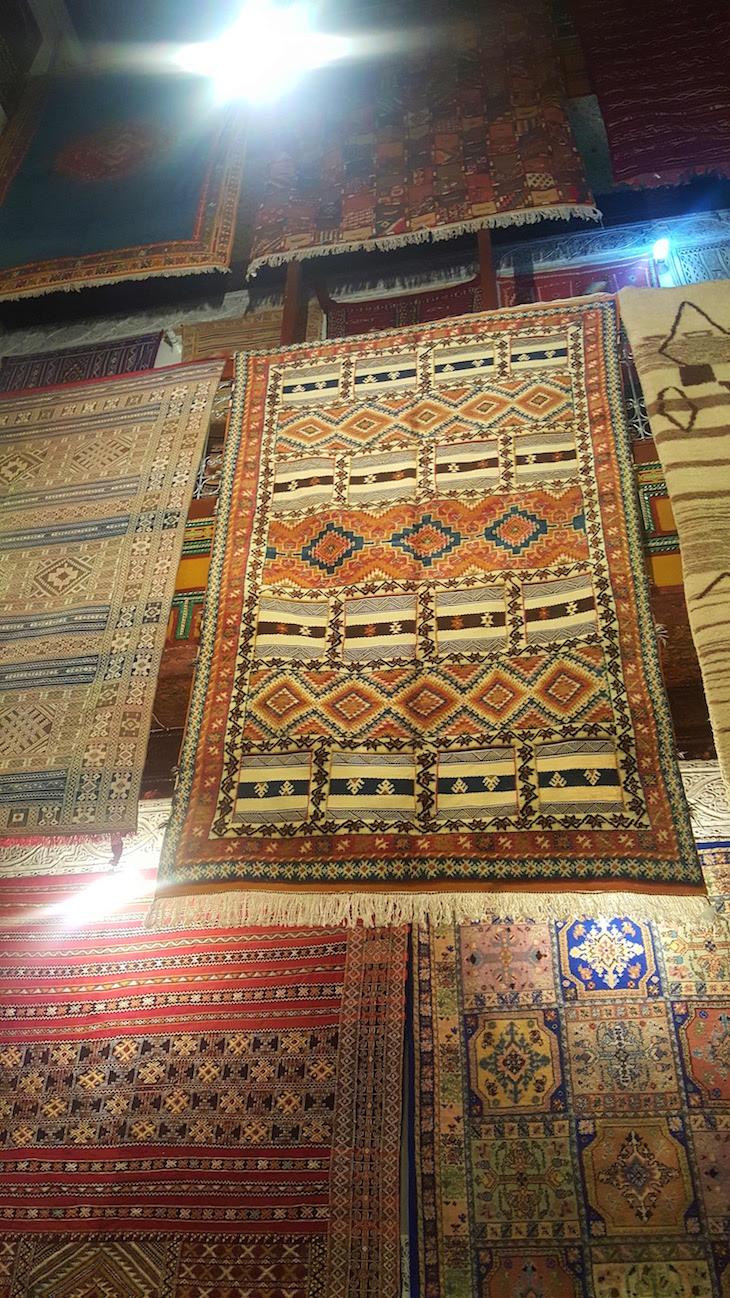 Tapetes no Dar Kettanine em Fez - Marrocos @ Viaje Comigo