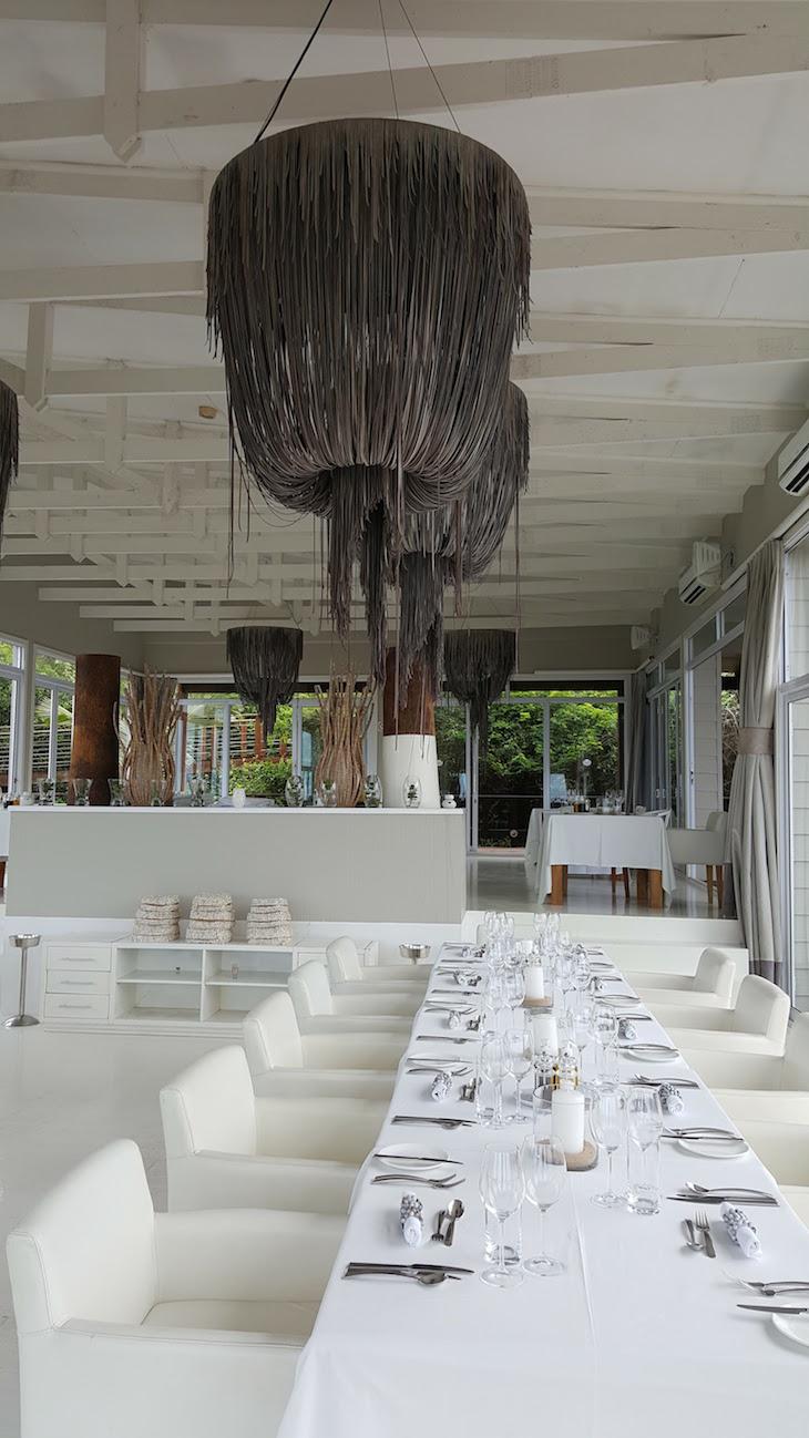 Restaurante no White Pearl - Ponta Mamoli - Moçambique © Viaje Comigo