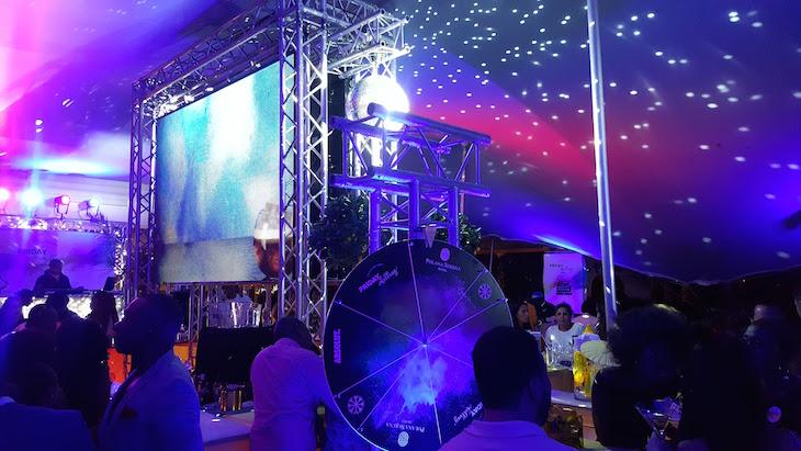 Festa à noite no Polana Serena Hotel, Maputo © Viaje Comigo