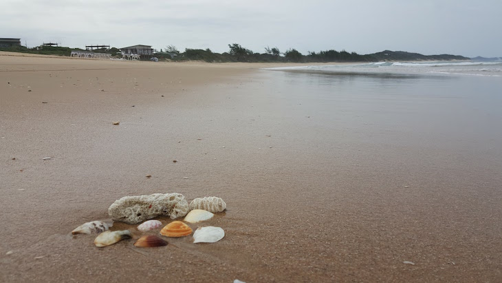 Praia no White Pearl - Ponta Mamoli - Moçambique © Viaje Comigo