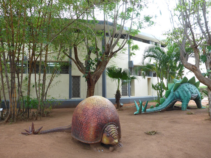 Dinossauros no Museu de História Natural de Maputo © Viaje Comigo