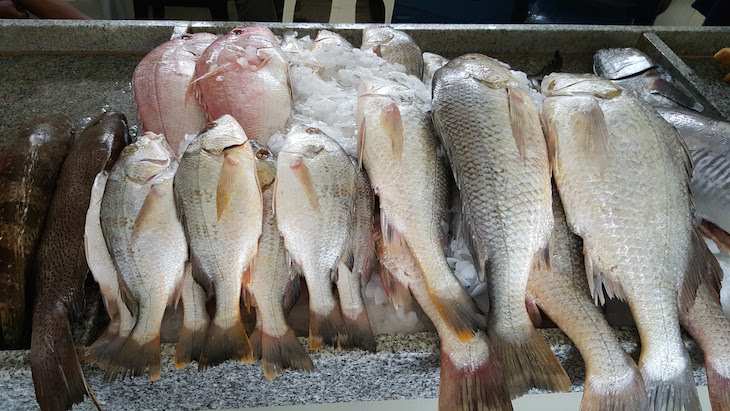 Venda no Mercado do Peixe, Maputo © Viaje Comigo