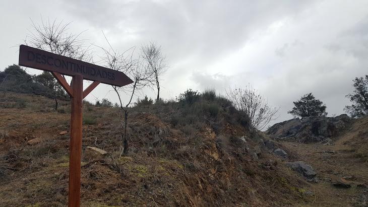 Descontinuidades do Geopark Terras de Cavaleiros - Macedo de Cavaleiros © Viaje Comigo
