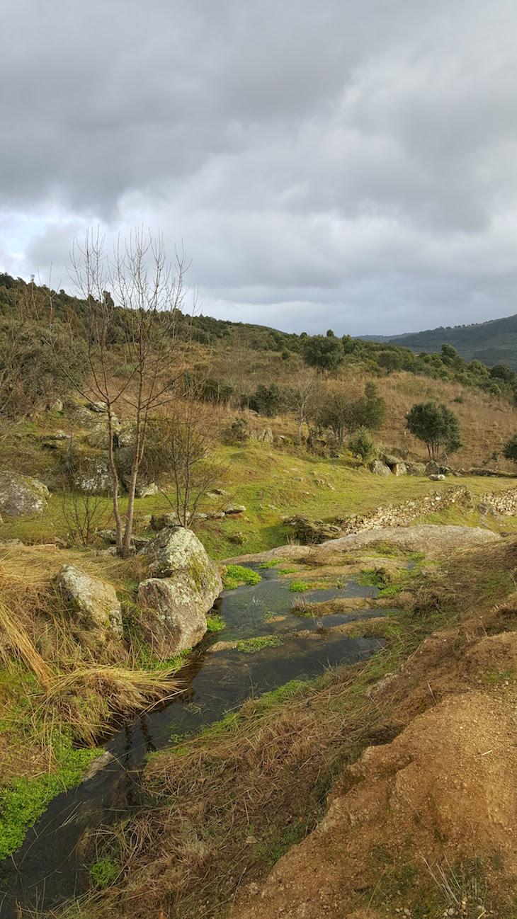 Gnaisses do Geopark Terras de Cavaleiros - Macedo de Cavaleiros © Viaje Comigo