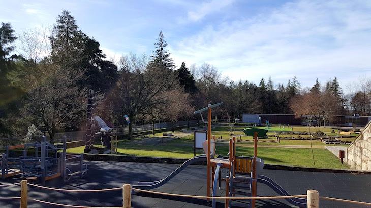Parque infantil na Porta do Mezio - Arcos de Valdevez © Viaje Comigo