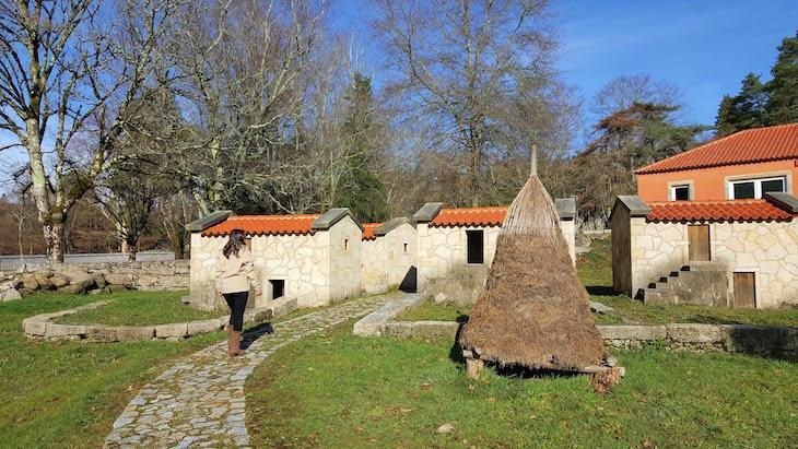 Pequena aldeia da Porta do Mezio - Arcos de Valdevez © Viaje Comigo