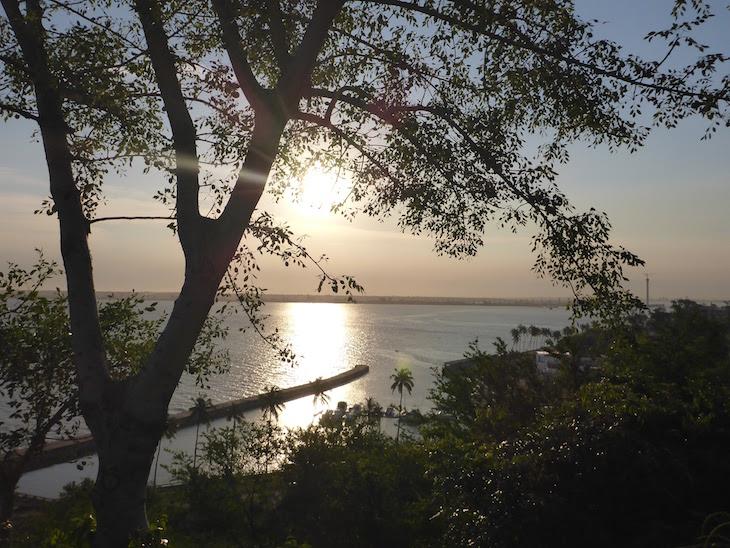 Pôr do Sol no Dhow, Maputo © Viaje Comigo