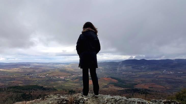 Susana no Passeio na Serra de Bornes - Macedo de Cavaleiros © Viaje Comigo