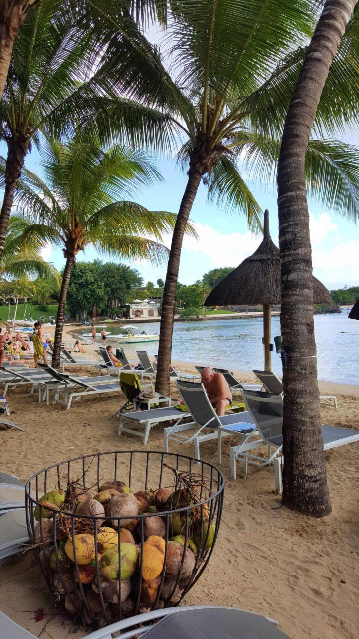 Praia do Hotel Ravenala Attitude - Ilhas Maurícias © Viaje Comigo