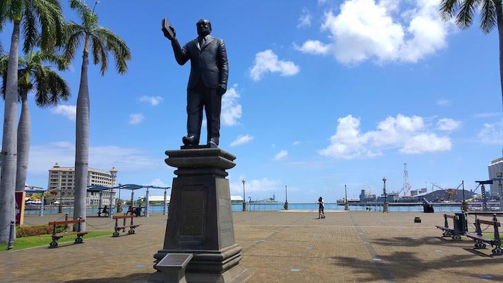Estátua Port Louis - Ilhas Maurícias © Viaje Comigo