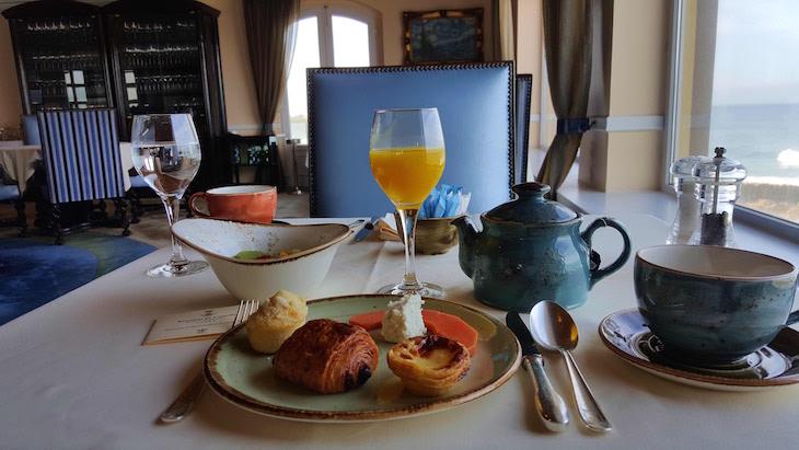 Pequeno-almoço na Fortaleza do Guincho © Viaje Comigo