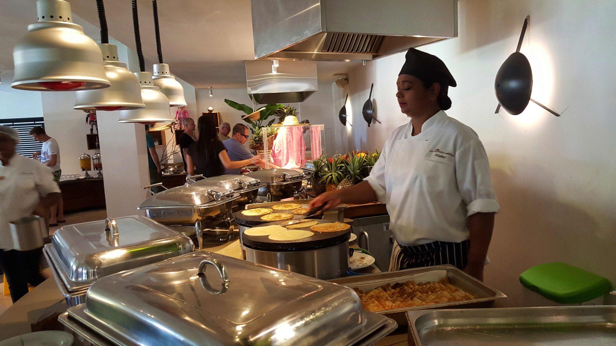 Pequeno-almoço no Hotel Ravenala Attitude - Ilhas Maurícias © Viaje Comigo