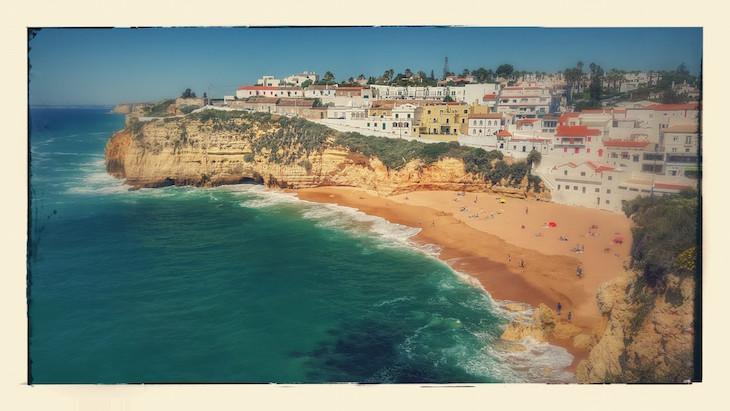 """Carvoeiro tipo """"postal antigo"""" - Algarve © Viaje Comigo"""