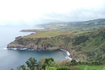 Vista do Miradouro da Santa Iria, S. Miguel, Açores © Viaje Comigo