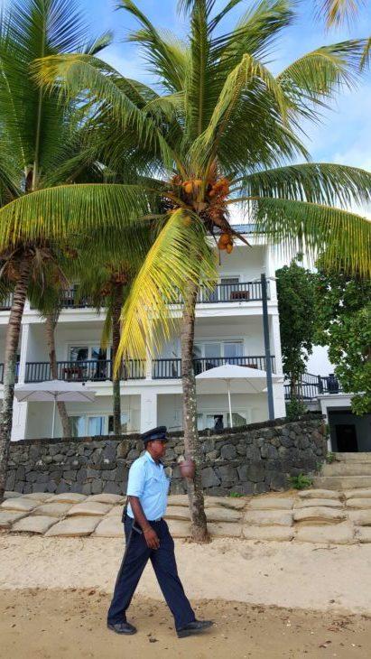Na praia do Hotel Ravenala Attitude - Ilhas Maurícias © Viaje Comigo