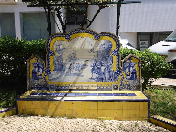 A descoberta do Brasil por Pedro Alvares Cabral (24 de abril de 1500) - Jardim 1º Dezembro em Portimão © Viaje Comigo