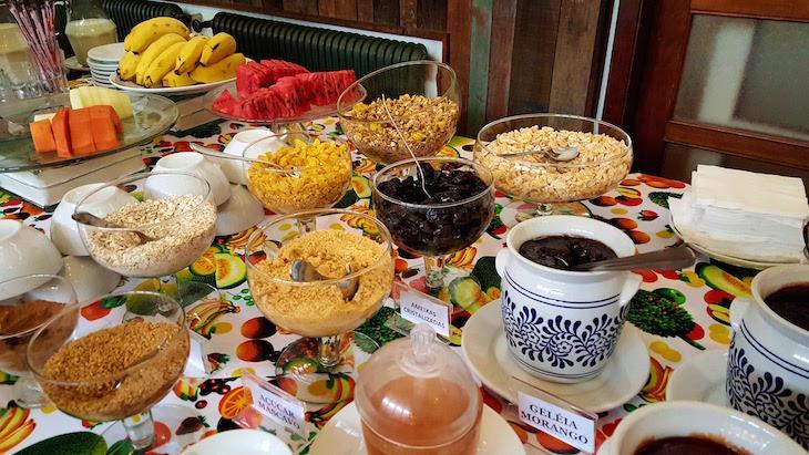 Pequeno-almoço do Grande Hotel Canela - Rio Grande do Sul - Brasil © Viaje Comigo