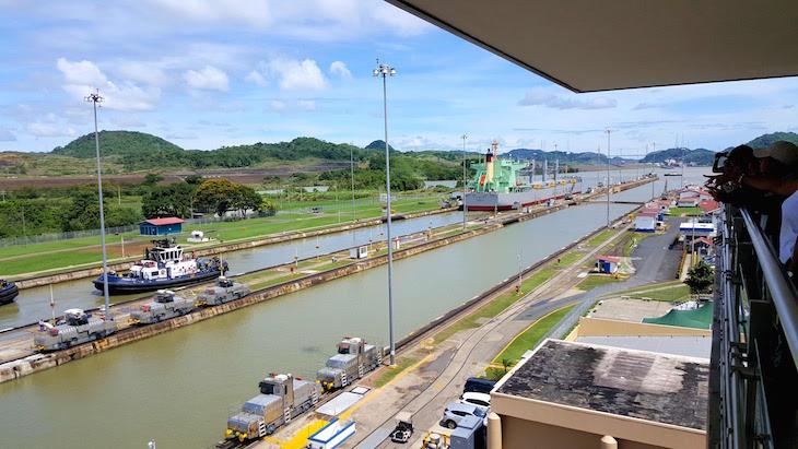 Eclusa de Miraflores - Canal do Panama - Panamá © Viaje Comigo