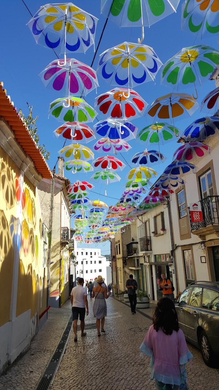Umbrella Sky Project - Águeda Portugal © Viaje Comigo