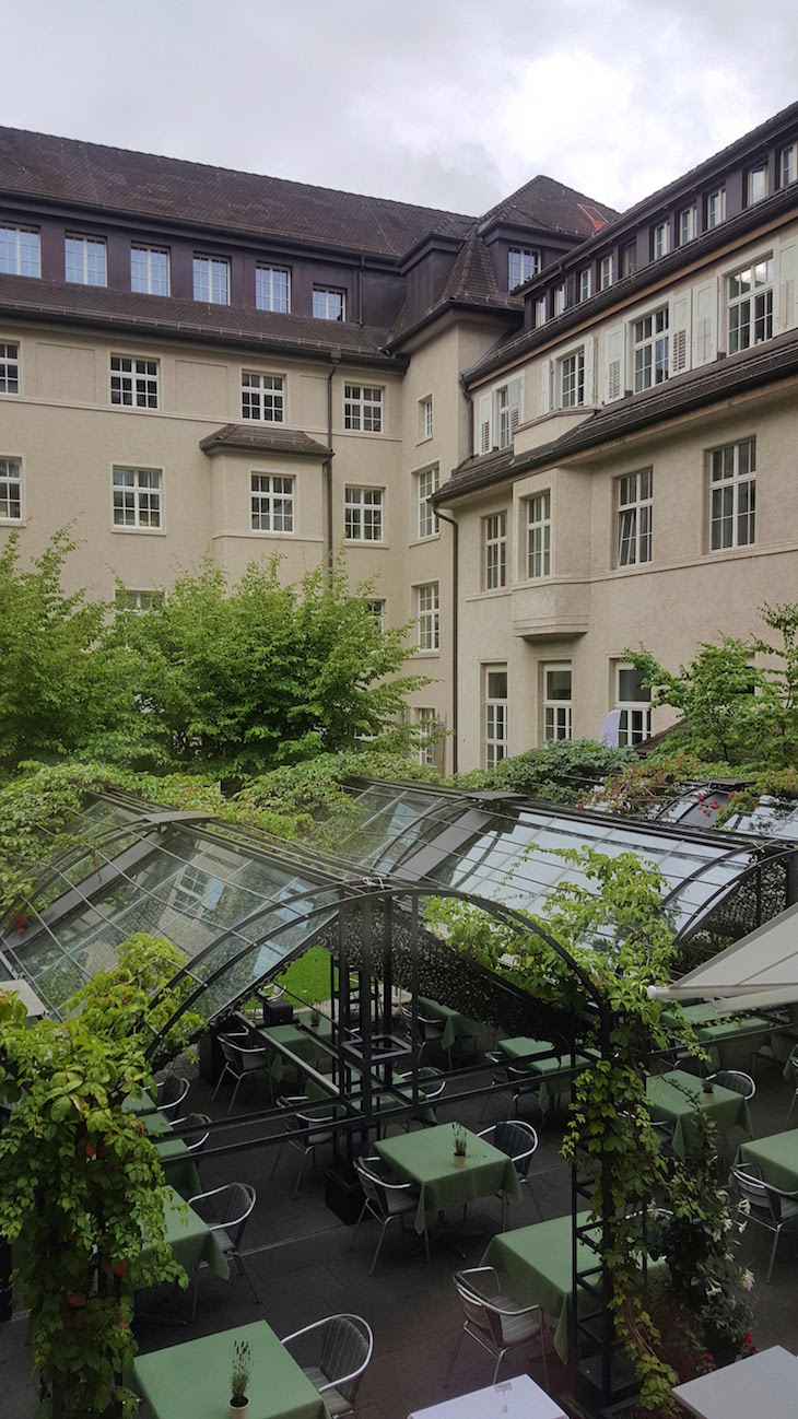 Jardim do Glockenhof Zürich Hotel - Zurique © Viaje Comigo