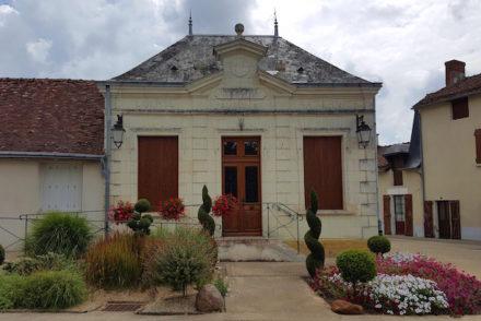 Mairie de Lémeré - França © Viaje Comigo