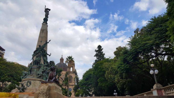 Praça Matriz - Porto Alegre - Brasil © Viaje Comigo