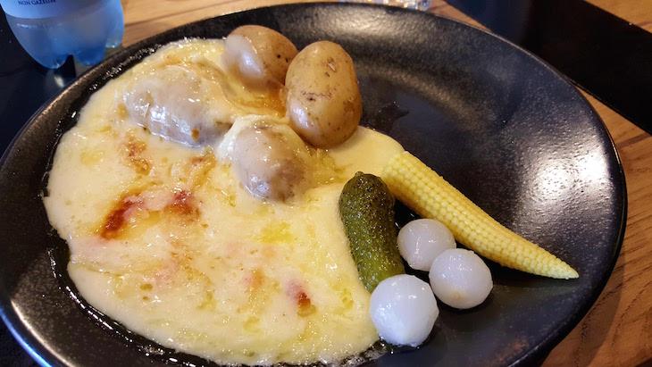Restaurante Fábrica da Raclette - Zurique - Suíça © Viaje Comigo
