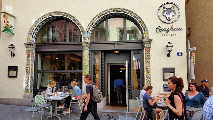 Restaurantes em Zurique - Suíça © Viaje Comigo
