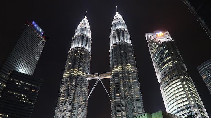 Torres Petronas - Kuala Lumpur - Malásia © Viaje Comigo