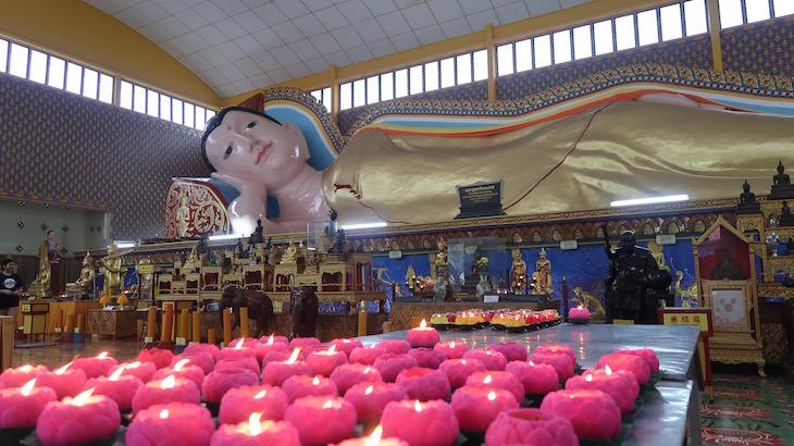 Buda deitado - Penang - Malásia © Viaje Comigo