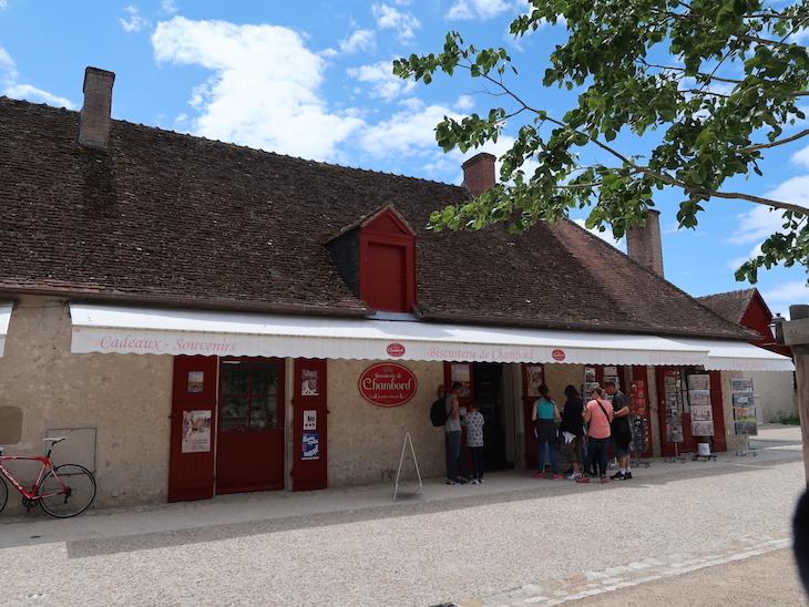 Lojas do Château de Chambord - França © Viaje Comigo