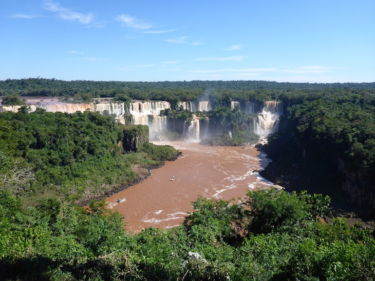 Vista das Cataratas do Iguaçu na Argentina - Brasil © Viaje Comigo