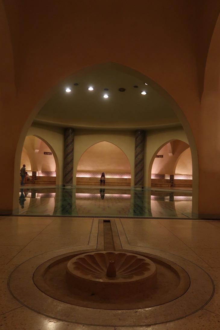Hammam da Mesquita Hassan II, Casablanca. Marrocos © Viaje Comigo