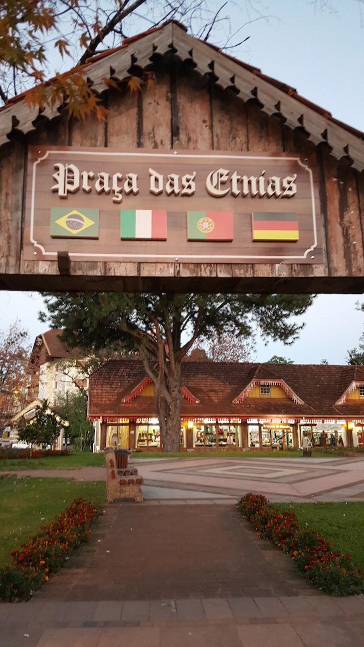 Praça das Etnias, Gramado - Rio Grande do Sul - Brasil © Viaje Comigo
