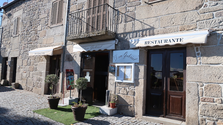 Restaurante Dom Gabriel Trancoso - Portugal © Viaje Comigo