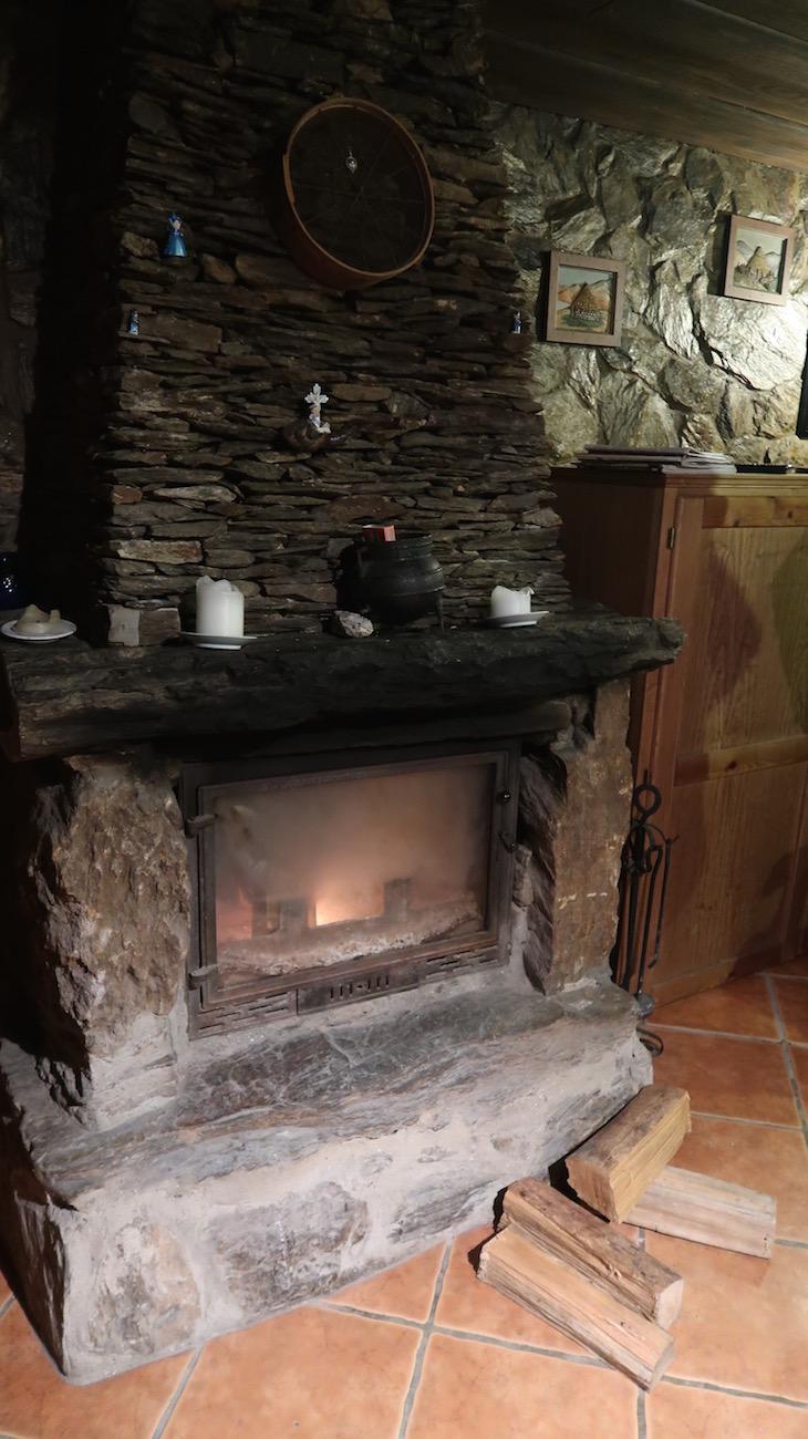 Casa da Fonte do Carvalhinho - Branda da Aveleira - Melgaço - Portugal © Viaje Comigo