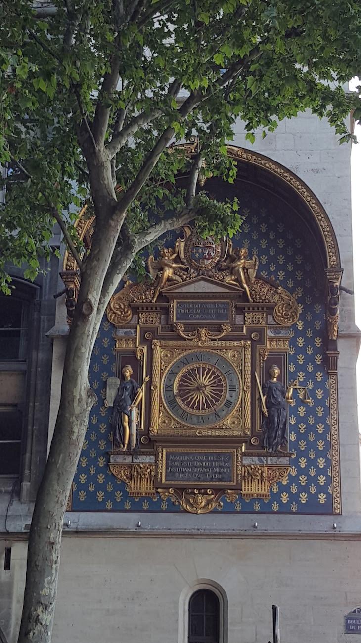 Relógio mais antigo de Paris © Viaje Comigo