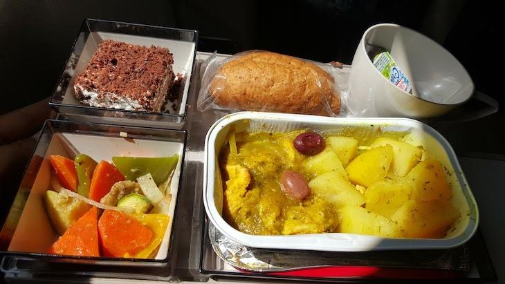 Comida no avião da Royal Air Maroc © Viaje Comigo