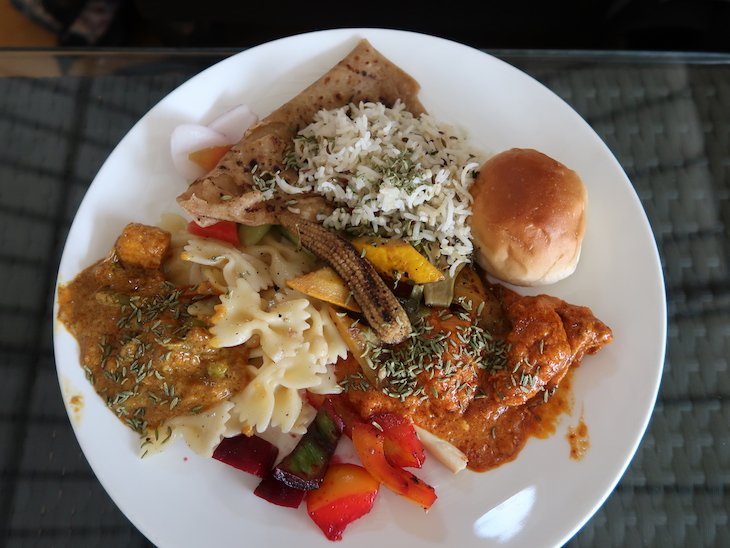 Almoço no Grover Zampa - Nashik - India © Viaje Comigo