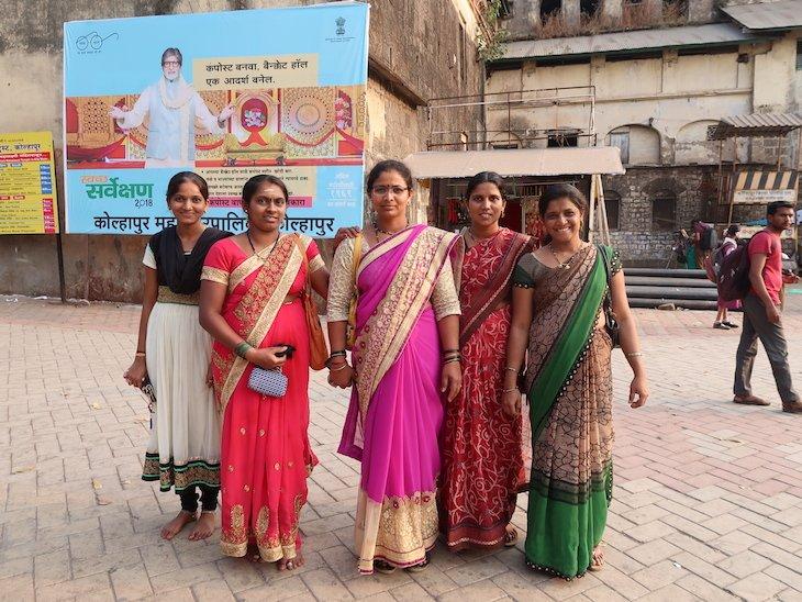 Senhoras em Kolhapur - India © Viaje Comigo