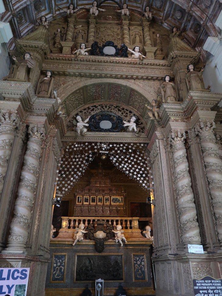 Reliquias de S. Francisco Xavier - Basílica do Bom Jesus, Goa, Índia © Viaje Comigo