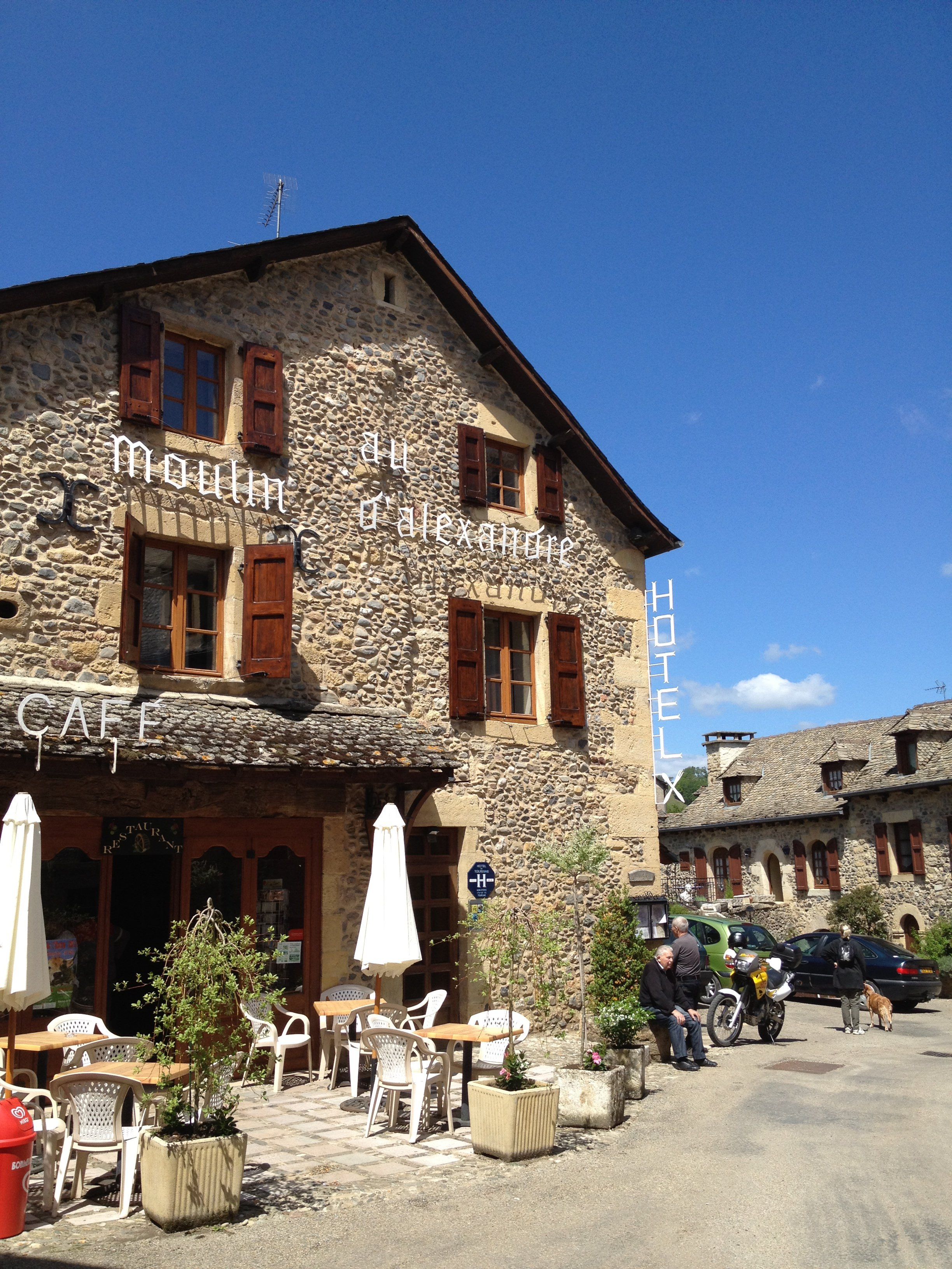Au Moulin d'Alexandre - Sainte Eulalie d'Olt - Aveyron - França © Viaje Comigo